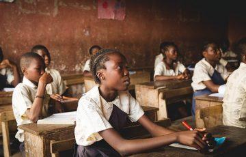 classroom-1866519_640