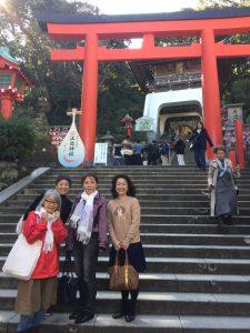 江ノ島神社 きりんさんとお友達