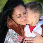 mom-1363919_640